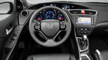 Honda Civic Tourer estate 2014 interior