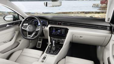 2019 Volkswagen Passat AllTrack interior