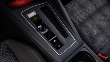 2020 Volkswagen Golf GTI  - gearshifter