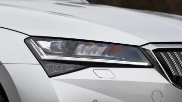 Skoda Superb Estate headlights