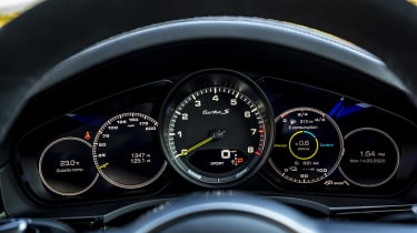 Porsche Cayenne Coupe SUV - dial cluster