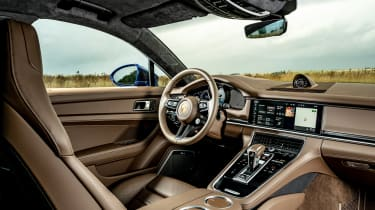 Porsche Panamera Turbo S hatchback interior