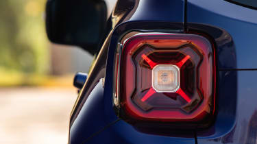 2021 Jeep Renegade 80th Anniversary - tail light