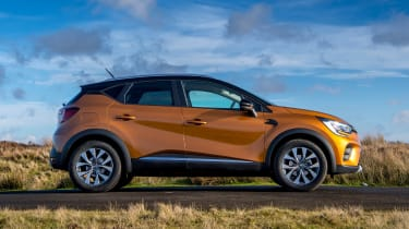 Renault Captur SUV side static