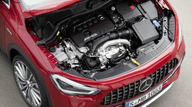 Mercedes-AMG GLA 35 engine