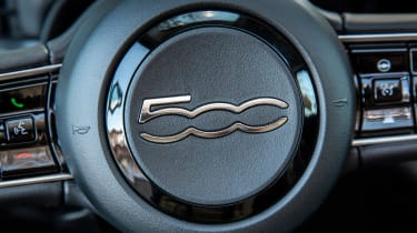Fiat 500 hatchback steering wheel