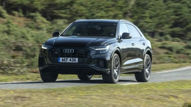 Audi SQ8 - front 3/4 view passing