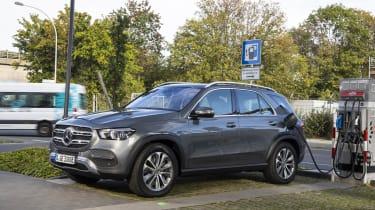Mercedes GLE 350 de charging