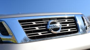 Nissan Navara - front grille