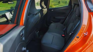 2019 Renault Clio - rear door access to rear bench seat
