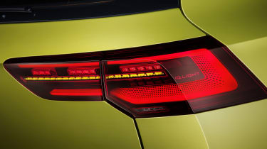 2020 Volkswagen Golf tail-light
