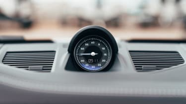 Porsche 911 Targa analogue clock