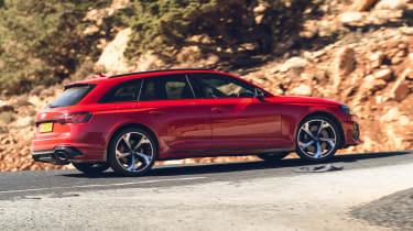 Audi RS4 Avant estate side action