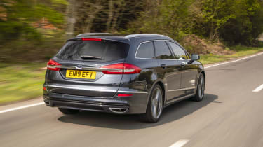 Ford Mondeo Estate rear 3/4 tracking