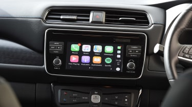 nissan leaf hatchback Apple CarPlay