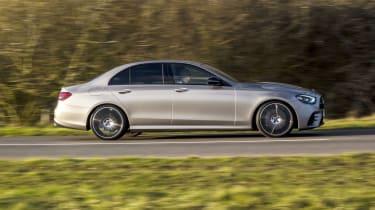 Mercedes E-Class saloon - side on dynamic