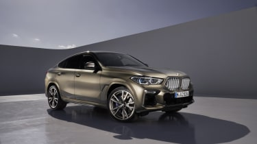 2019 BMW X6 - three quarter static studio