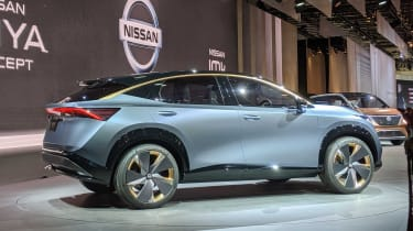 Nissan Ariya concept side