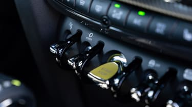 Facelifted 2020 MINI Countryman Cooper S - toggle switches