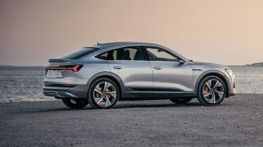 Audi e-tron Sportback - side view