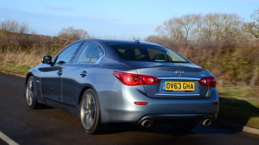 Despite being a hybrid, the large engine means fuel-economy of around 45mpg is still quite thirsty