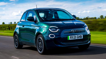 Fiat 500 electric front 3/4 dynamic