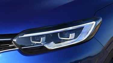 Renault Kadjar LED headlights