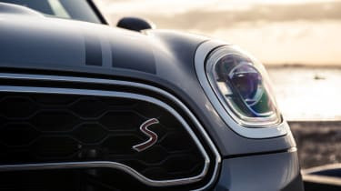 The Cooper S model gets a unique grille and badges to denote its extra performance