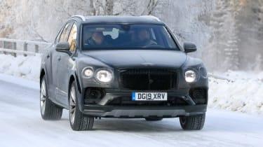 Bentley Bentayga facelift spotted testing