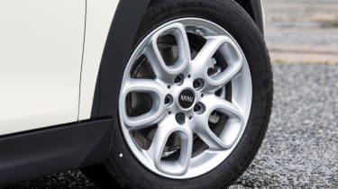 MINI 5-door hatchback alloy wheels