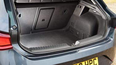 SEAT Leon hatchback - boot