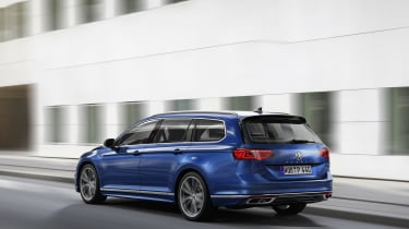 2019 Volkswagen Passat rear driving