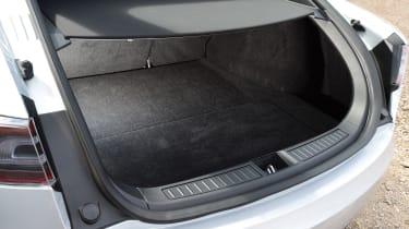 Tesla Model S - boot