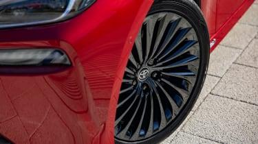 Toyota Mirai saloon alloy wheels