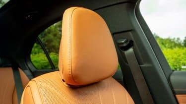 Mercedes C-Class saloon front seats