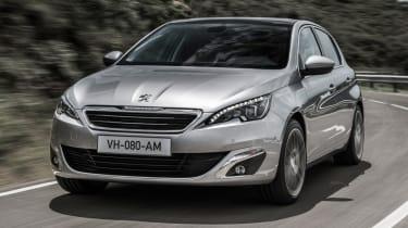 Peugeot 308 2014 front quarter tracking