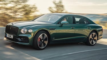 Bentley Flying Spur saloon front 3/4 driving