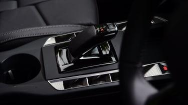 DS 3 Crossback E-Tense SUV gearlever