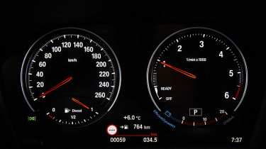 BMW 2 Series Gran Tourer dials