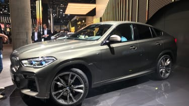 2020 BMW X6 - LH 3/4 static view