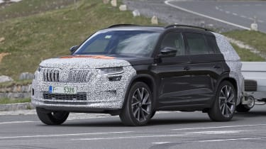 Skoda Kodiaq spy shot - towing