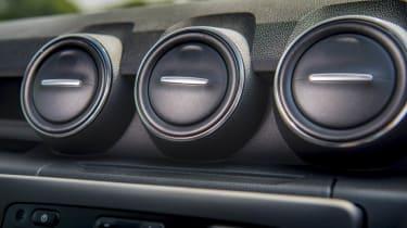 2018 Dacia Duster vents