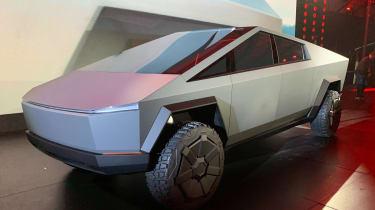 Tesla Cybertruck - front 3/4 view static