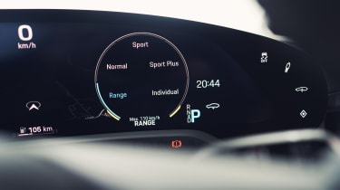 2020 Porsche Taycan - digital mode cluster