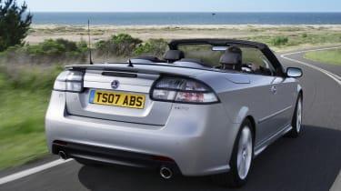 Saab 9-3 convertible - rear 3/4 tracking