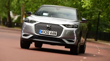 DS 3 Crossback E-Tense SUV front tracking