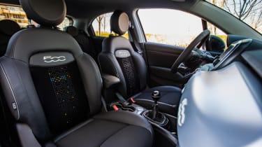 Fiat 500X Hey Google - interior