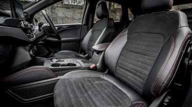 Ford Kuga Plug-in Hybrid front seats