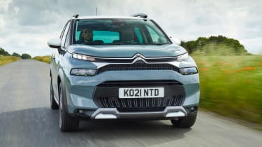 Citroen C3 Aircross SUV front tracking