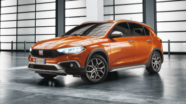 2020 Fiat Tipo Cross - front 3/4 static